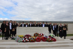 Collège Jules Ferry and Nga Tawa Dio students remember together at special ANZAC ceremony in Longueval